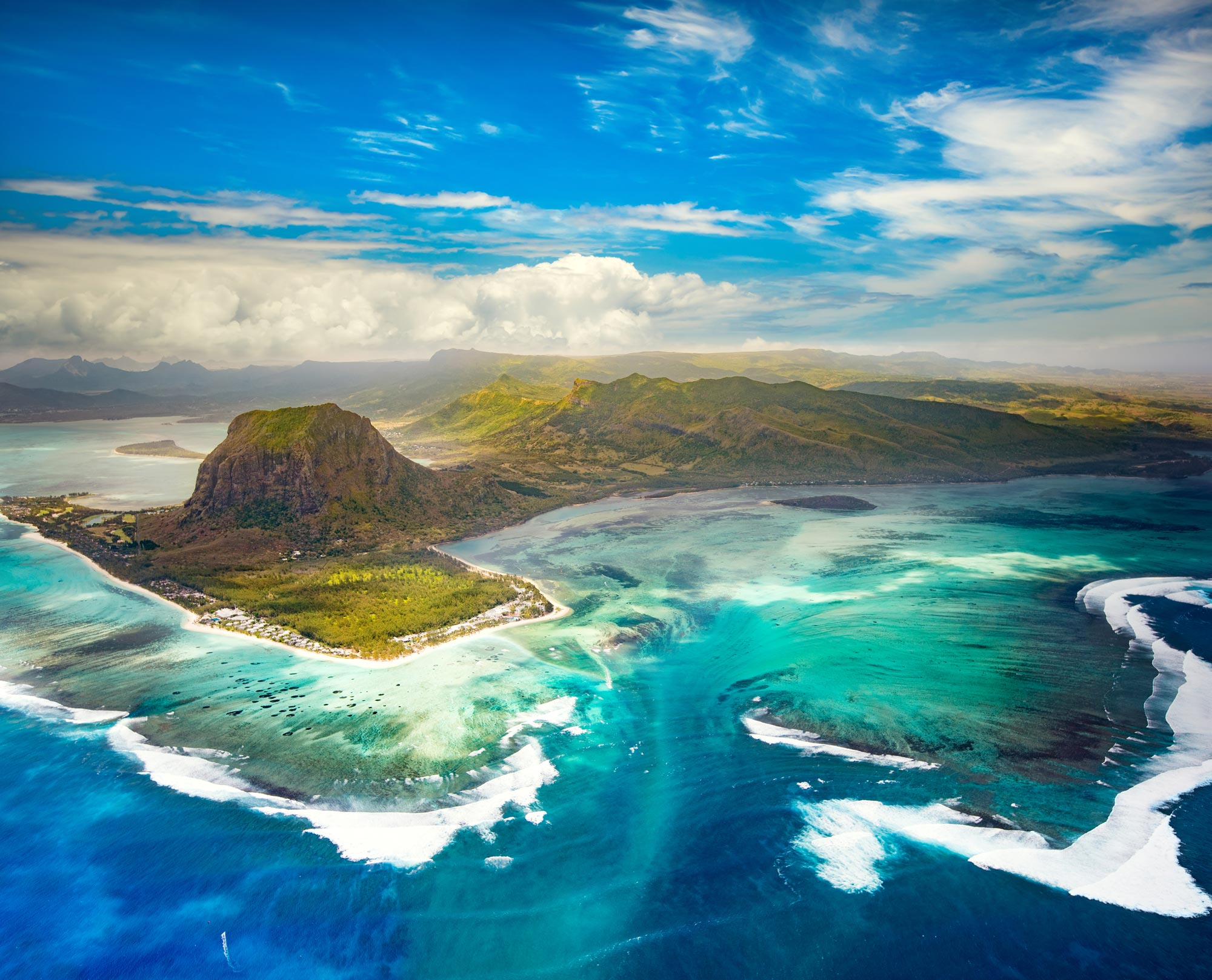 aerial-view-of-the-underwater-waterfall.-mauritius-657825944_3512x2840