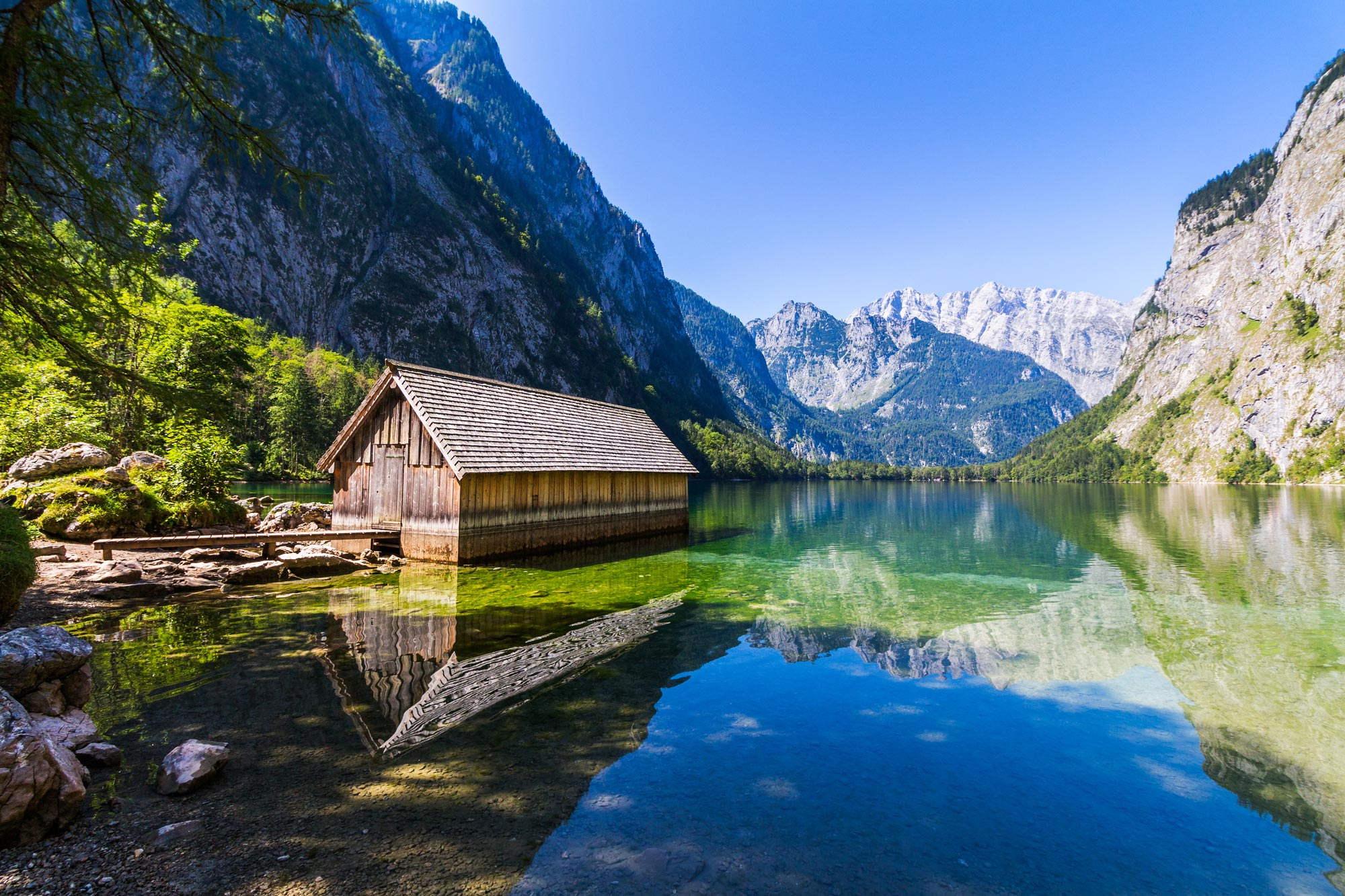 fantastic-views-of-the-turquoise-lake-obersee-under-sunlight-638764534_3869x2579