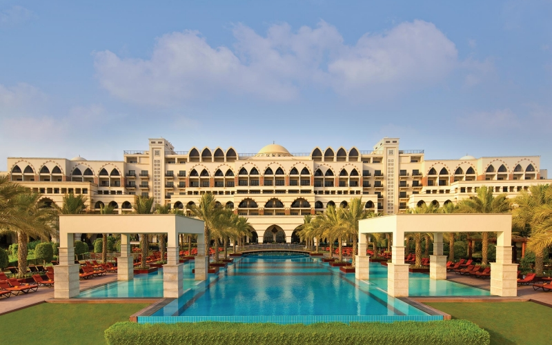 jumeirah-zabeel-saray-hotel-exterior-daylight-swimming-pool-